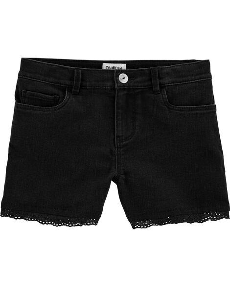 Short en denim noir extensible à bordure en tissu ajouré