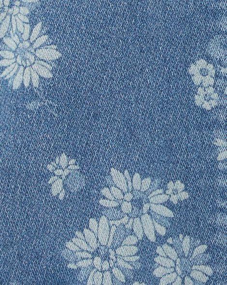 Salopette courte en tricot de denim fleuri