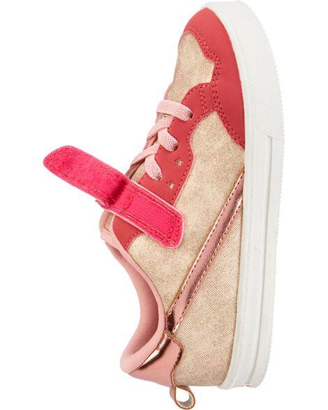 Chaussures au coloris rose doré