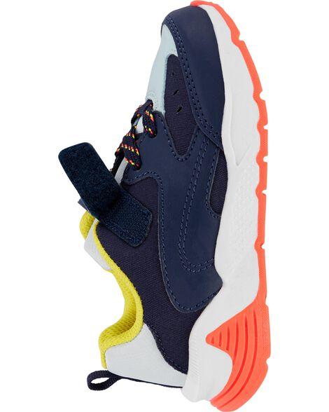 Chaussures aux couleurs contrastantes
