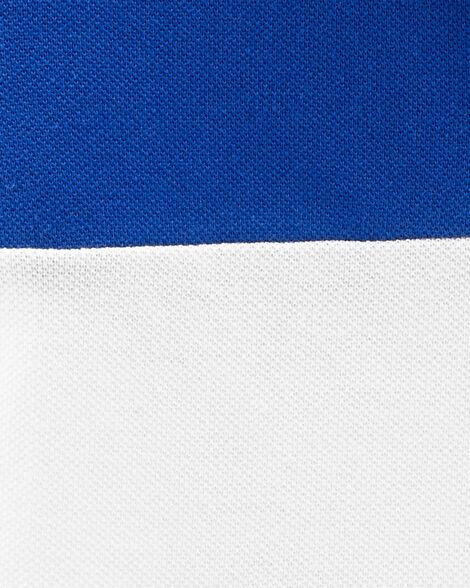 Polo à logo de couleur contrastante