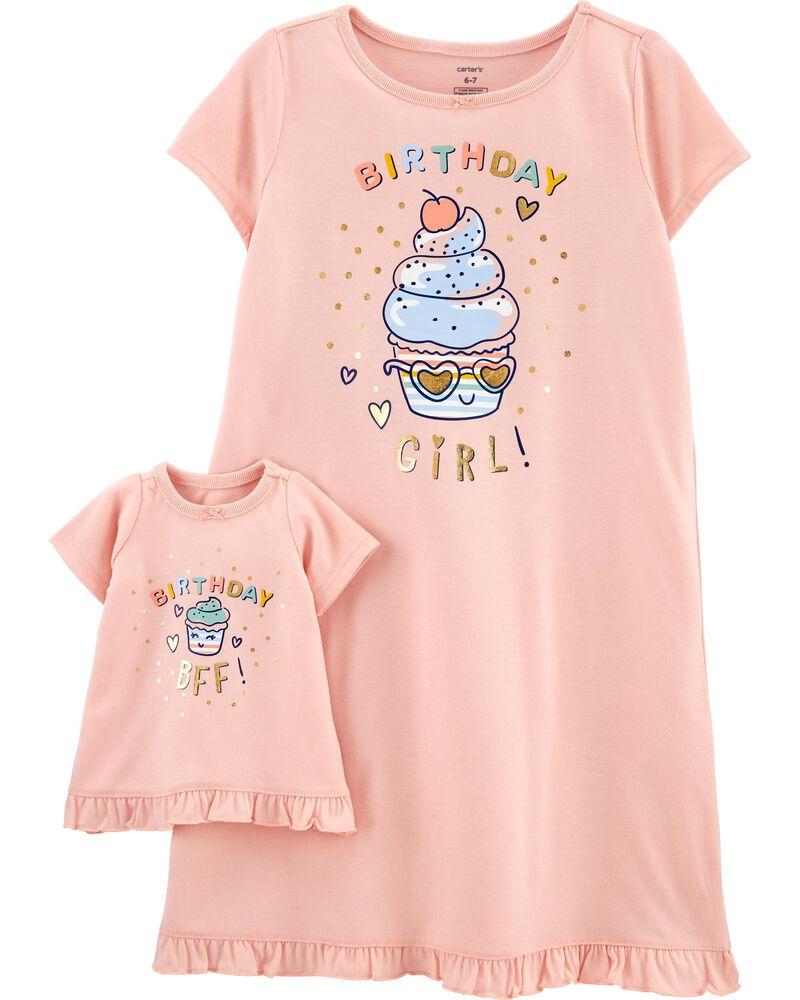 Emballage de 2 robes de nuit coordonnées pour elle et sa poupée Birthday Girl, , hi-res