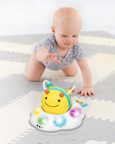 Explore & More Follow-Bee Crawl Toy