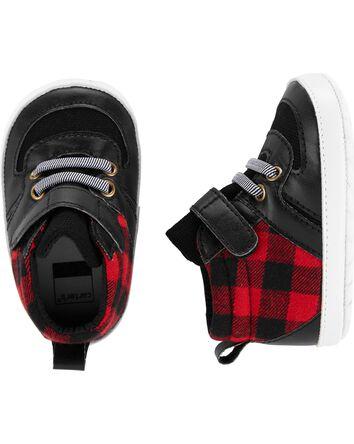 Chaussures pour bébé de coupe haute...