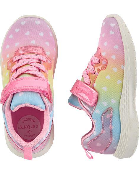 Chaussures de sport avec cœurs